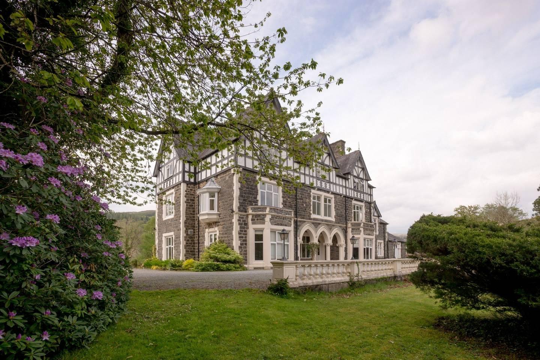 Dolserau Hall, Dolgellau, Snowdonia