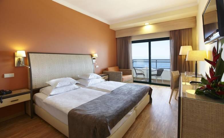 Portugal - Madeira - Hotel Galosol - GRH Hotel Galosol - double_room.jpg