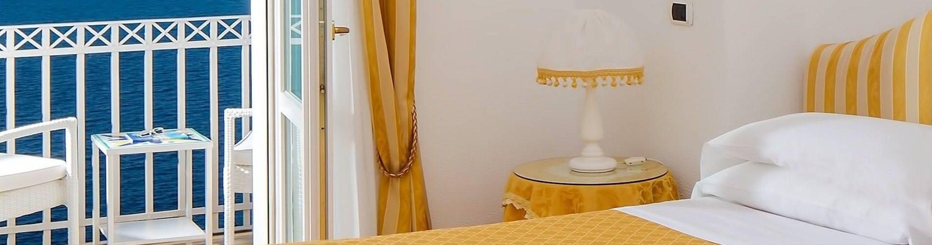 Villa Garden, Amalfi, Italy, Deluxe (5).jpg