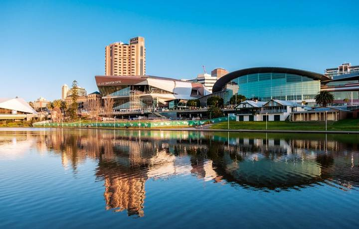 Adelaide, Australia - September 11, 2016: Adelaide city centre viewed from the north side of Torrens river in Elder Park on …