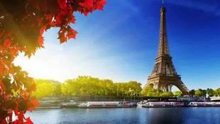 Enjoy scenic cruise along the River Seine.jpg