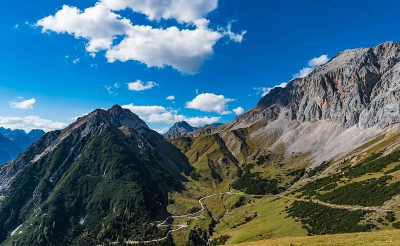 Austria - Seefeld - Weidach - AdobeStock_231753986.jpeg