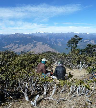 Lunch stop along Kitiphu Ridge