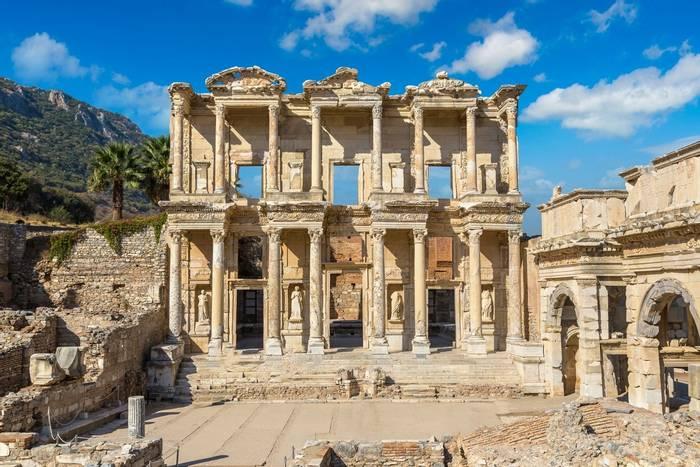 Celsius Library, Ephesus, Turkey shutterstock_751892554.jpg