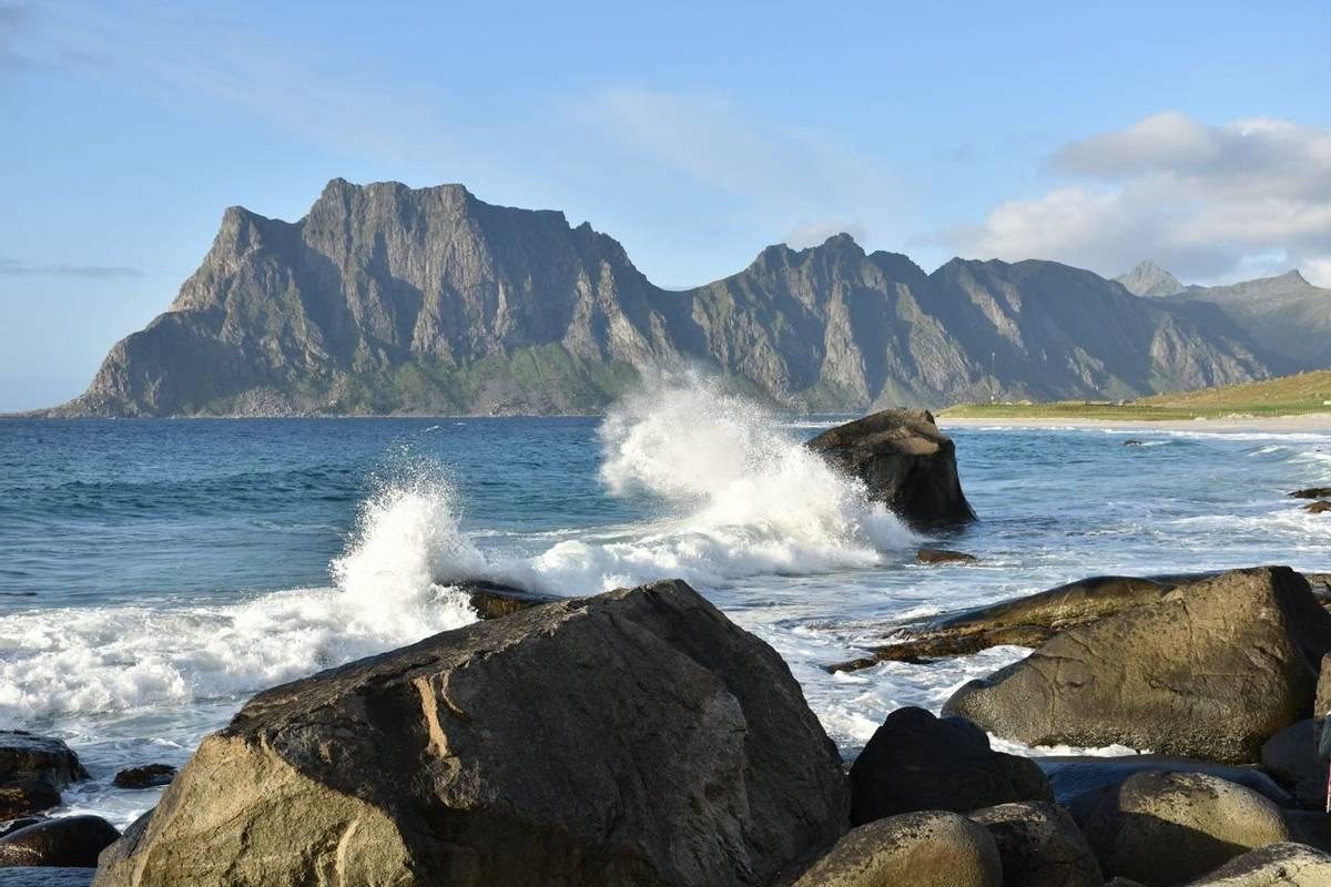 Norway - Lofoten Islands - SAdobeStock_228292661.jpeg