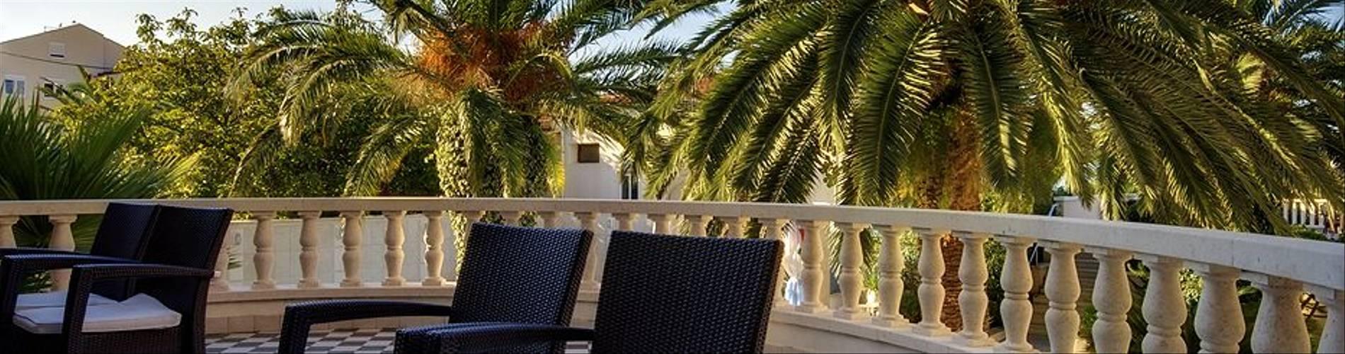Lobby area terrace.jpg