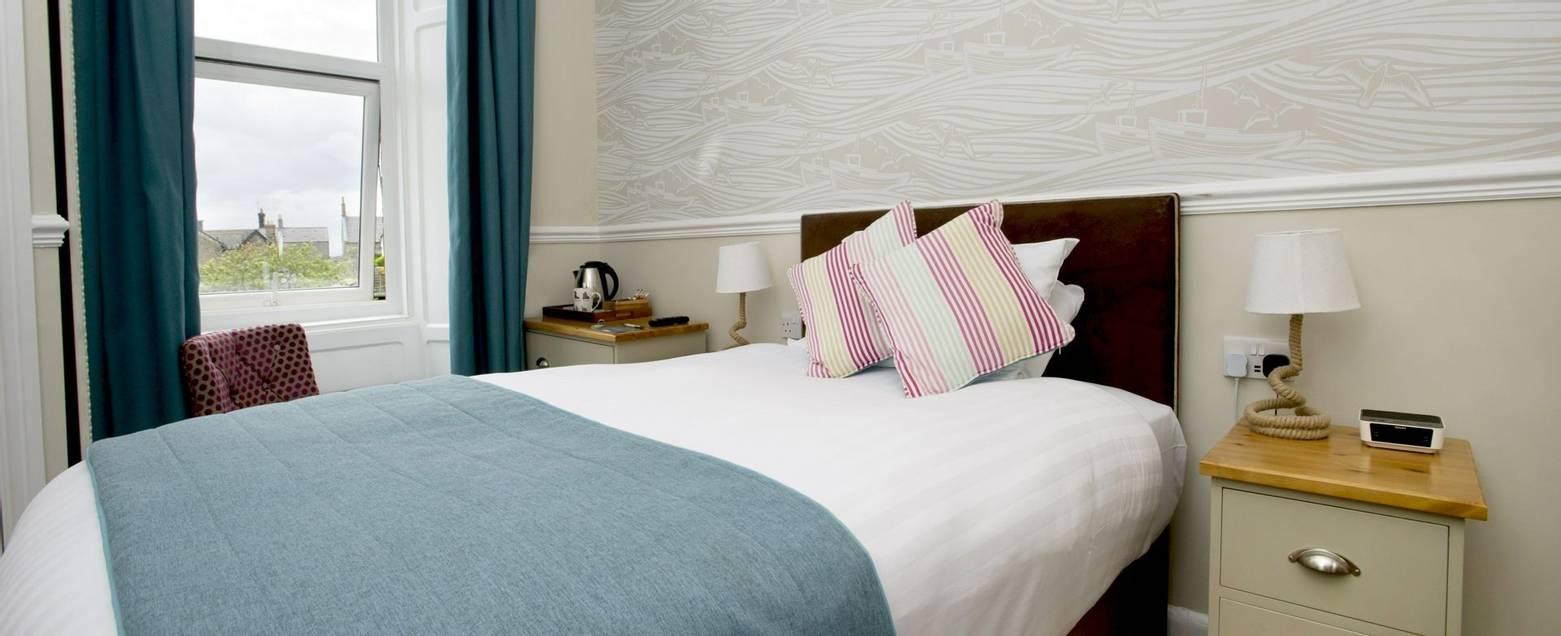 10673_0102 - Nether Grange - Room 19