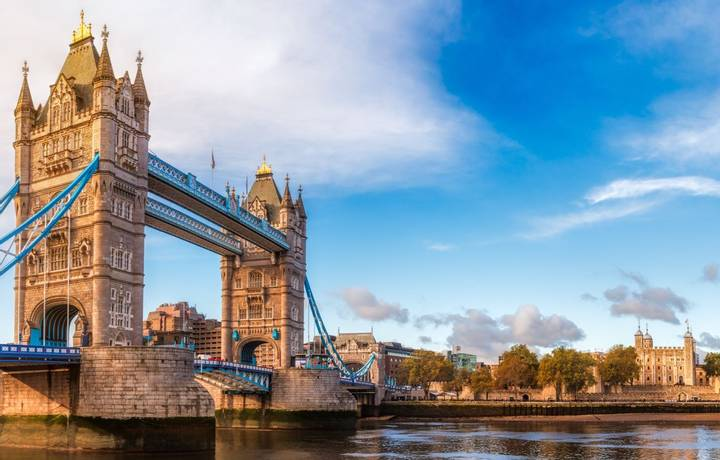 London Tower Bridge - Itinerary Desktop .jpg
