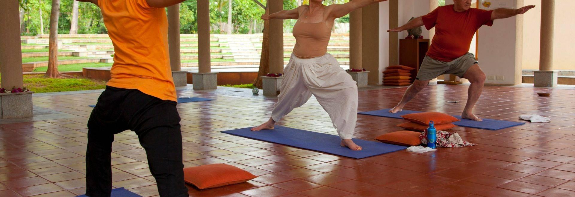 Shreyas-yoga-class-indoor.jpg