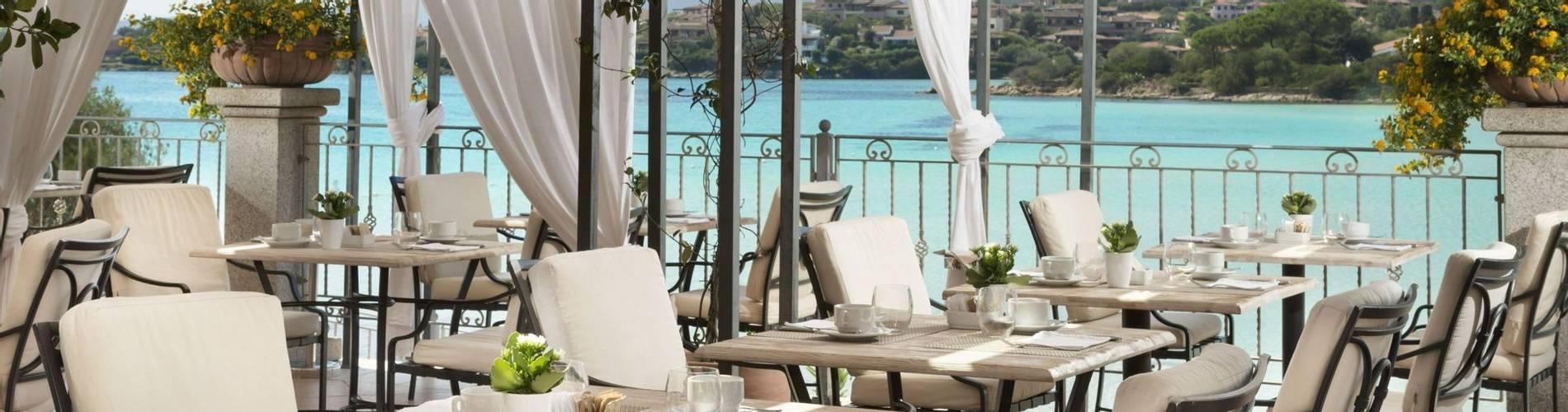 Copia di Breakfast on the terrace - Gabbiano azzurro Hotel _ Suites - stampa3.jpg