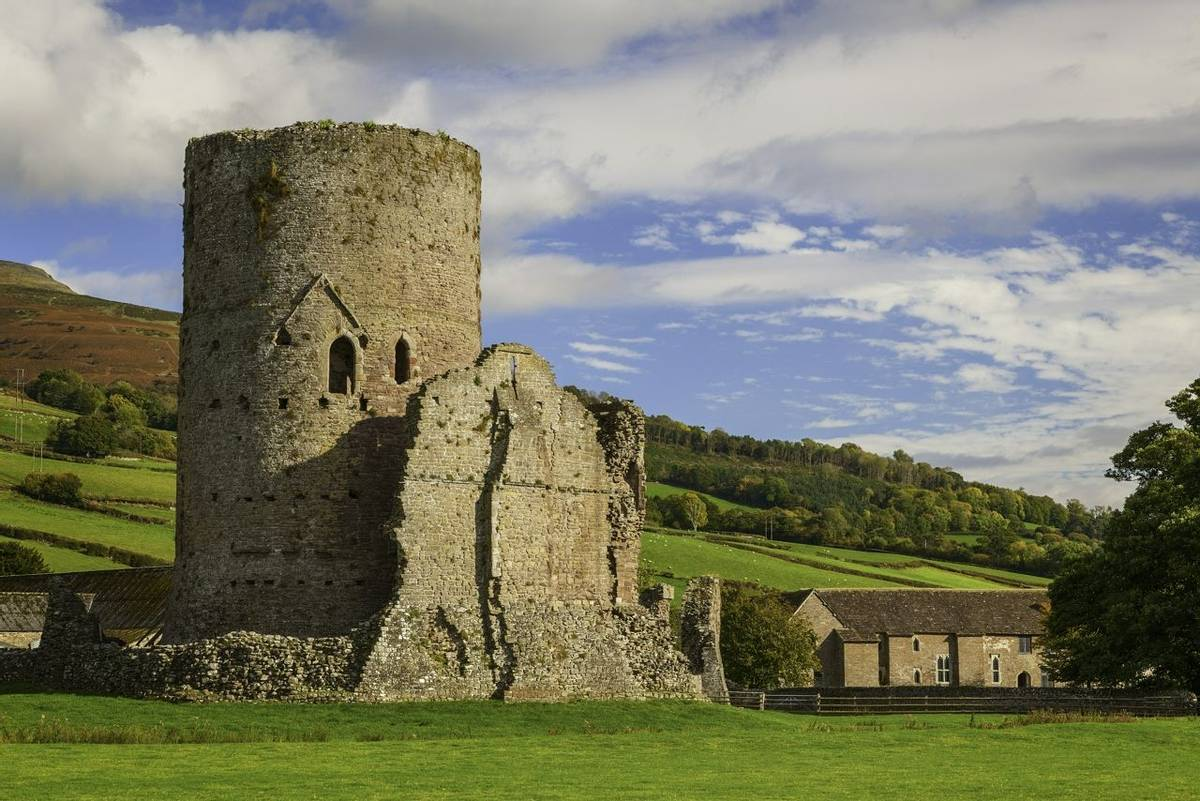 Tretower Castle  Cadw Sites SAMN: BR014 NGR: SO184212 Powys Mid Castles Medieval Defence Historic Sites