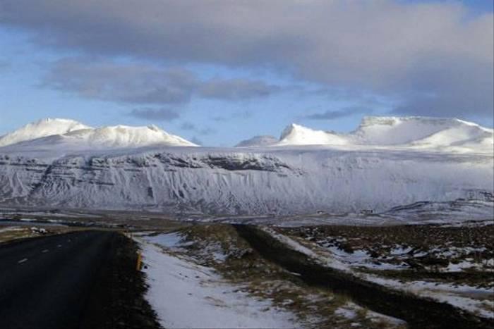Icelandic scenery (Peter Dunn)