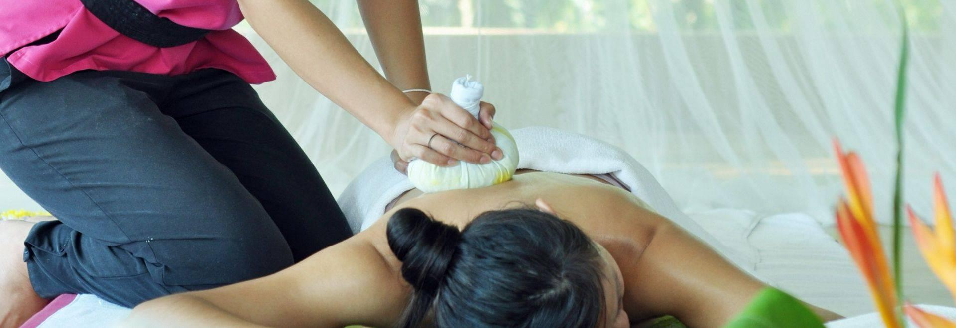 Absolute-Sanctuary-massage-treatment.jpg
