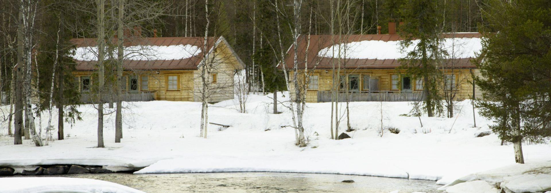 Riverside Apartment, Outdoor Winter  Credit Arctic Circle Wilderness Lodge
