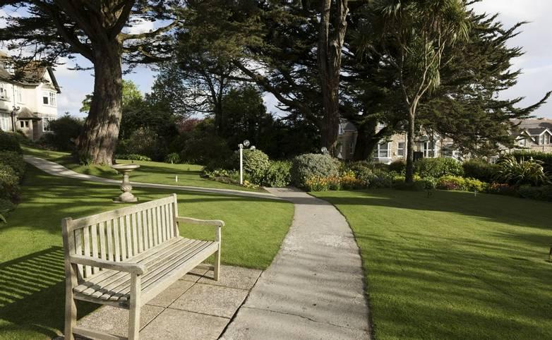10675_0074 - Chy Morvah - Garden
