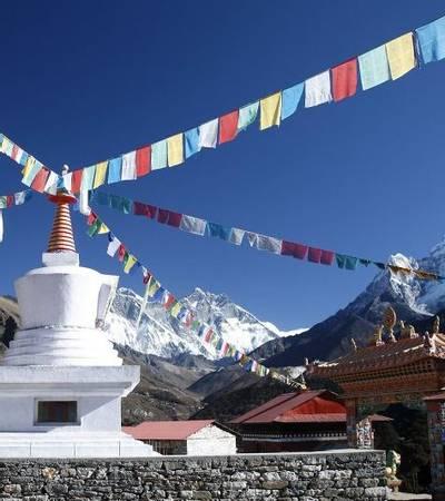 Stupa near Tengboche monastery