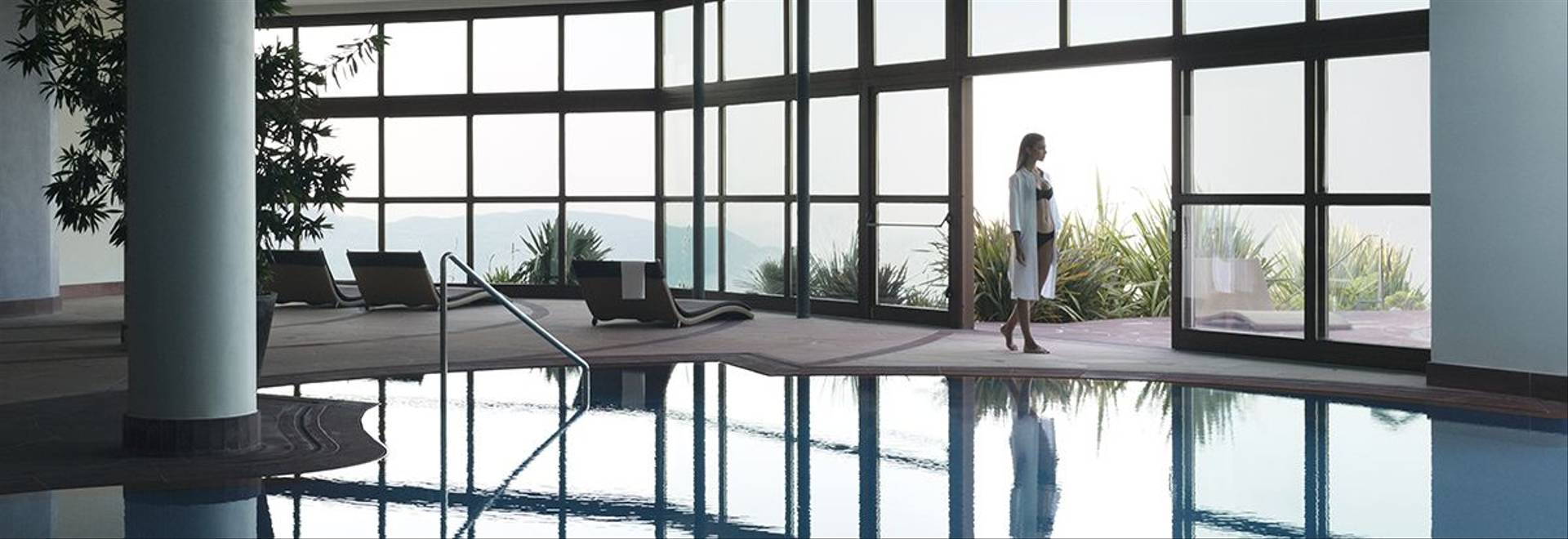 05 Pool Indoor Outdoor Internal With Model