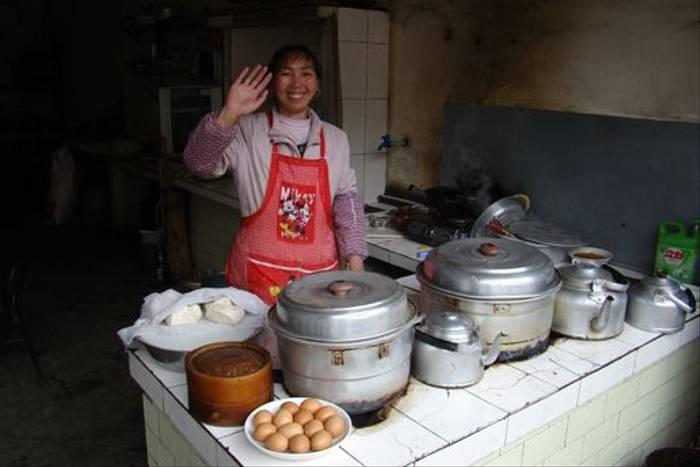 Local cooking (Gordon Rae)