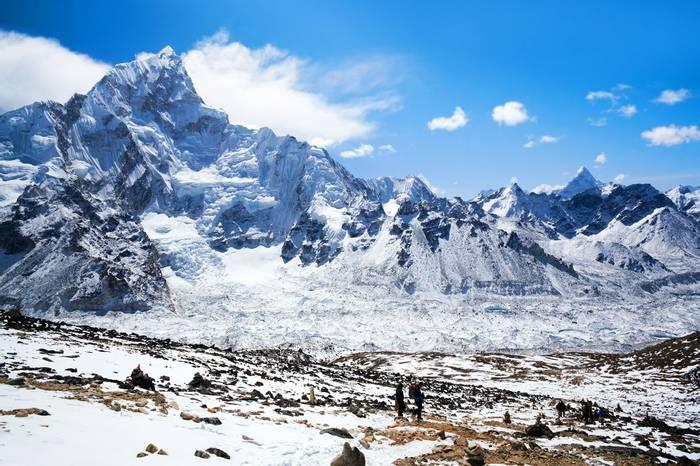 Mount Everest Sagarmatha National Park, Nepal Himalaya Shutterstock 308283692
