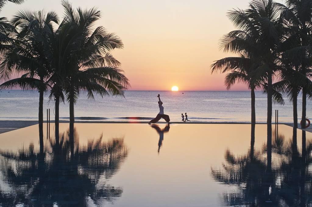 Fusion Maia beach yoga