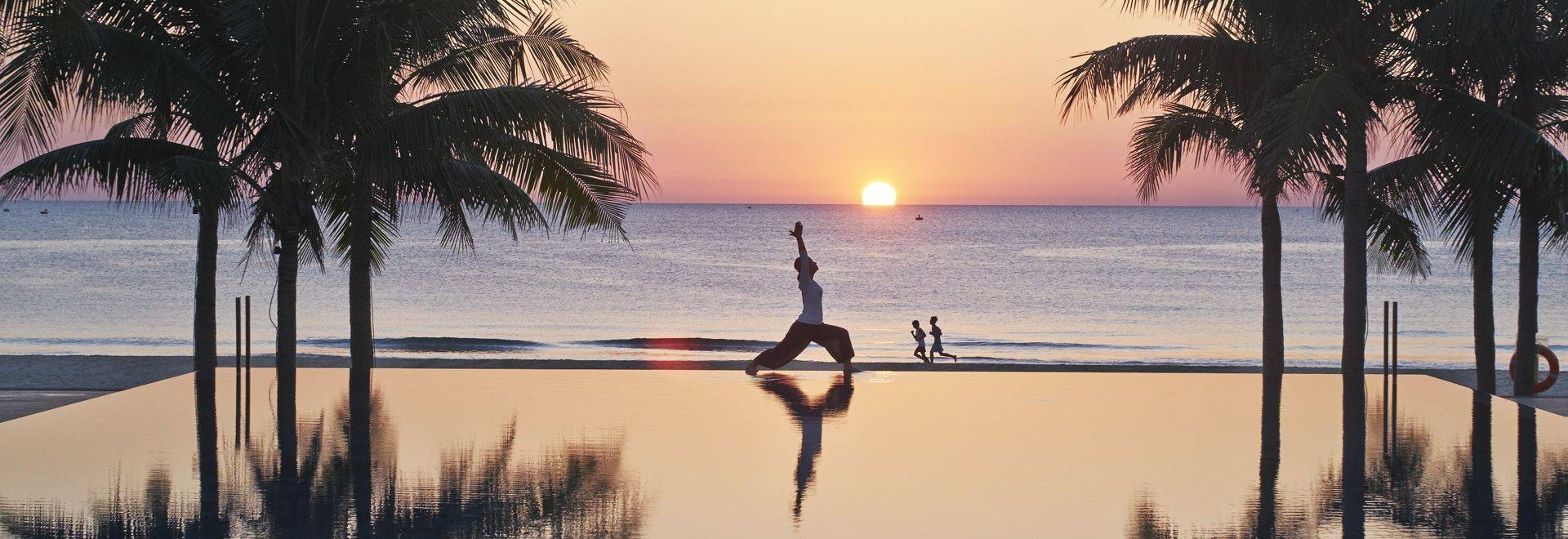 Fusion-Maia-yoga-sunset.jpg