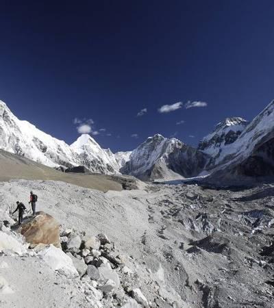 On trail to Gorakshep (5,160m)