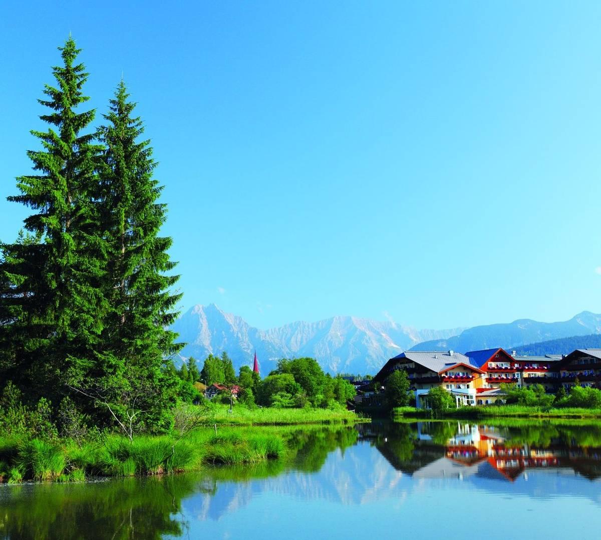 Austria - Weidach - Seefeld Plateau - shutterstock_148606829.jpg