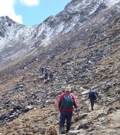 Approaching Saga La at 4,820m