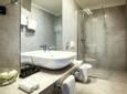 bathroom-Hotel-Navis-Opatija.jpg