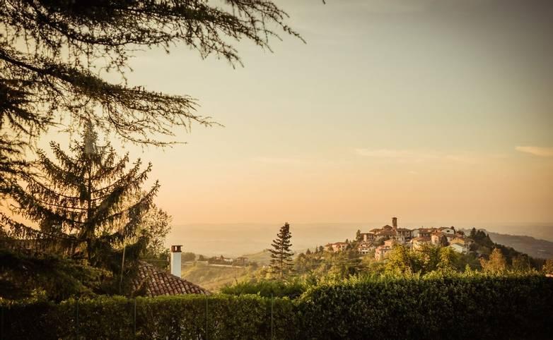 Italy - Montelupo - AdobeStock_122610656.jpeg