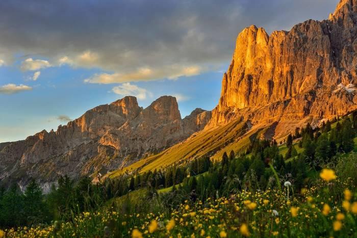 Reosengarten, Italy, Dolomites shutterstock_1143202172.jpg