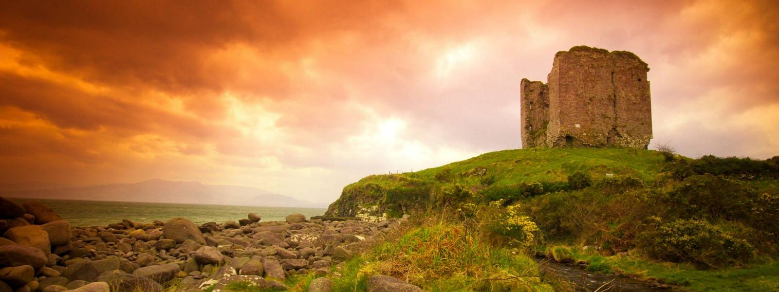 Ireland-Kerry&Cork-Kenmare-AdobeStock_59586780.jpeg