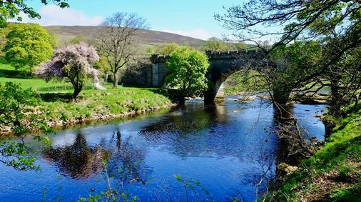 3-Night Southern Yorkshire Dales Tread Lightly Guided Walking Holiday