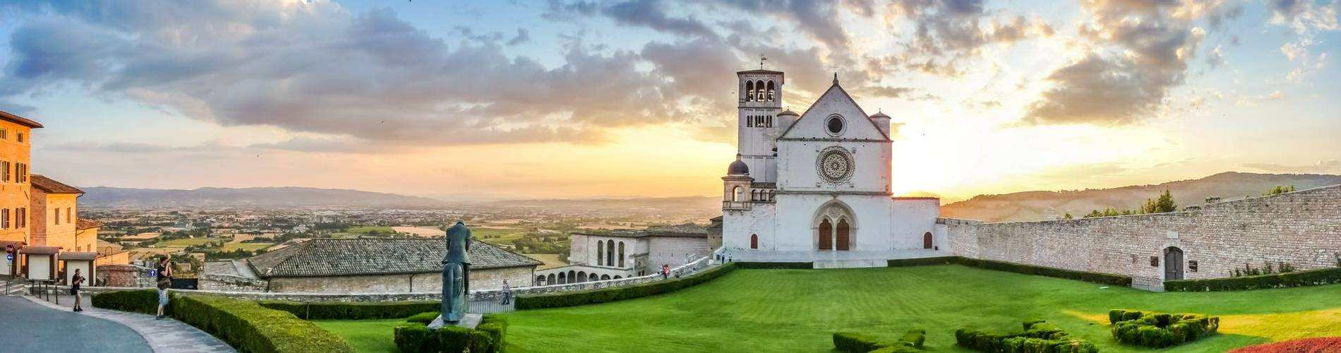 Basilica of St. Francis of Assisi, Umbria, Italy.jpg