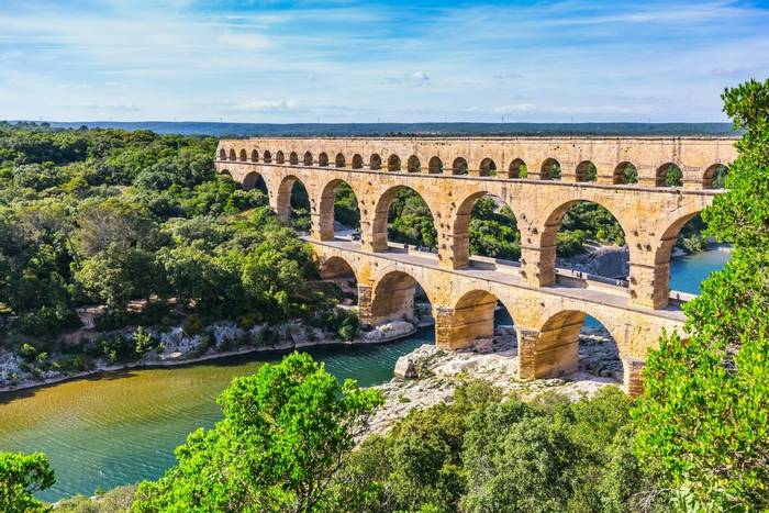 Pont du Gard, France shutterstock_317079050.jpg
