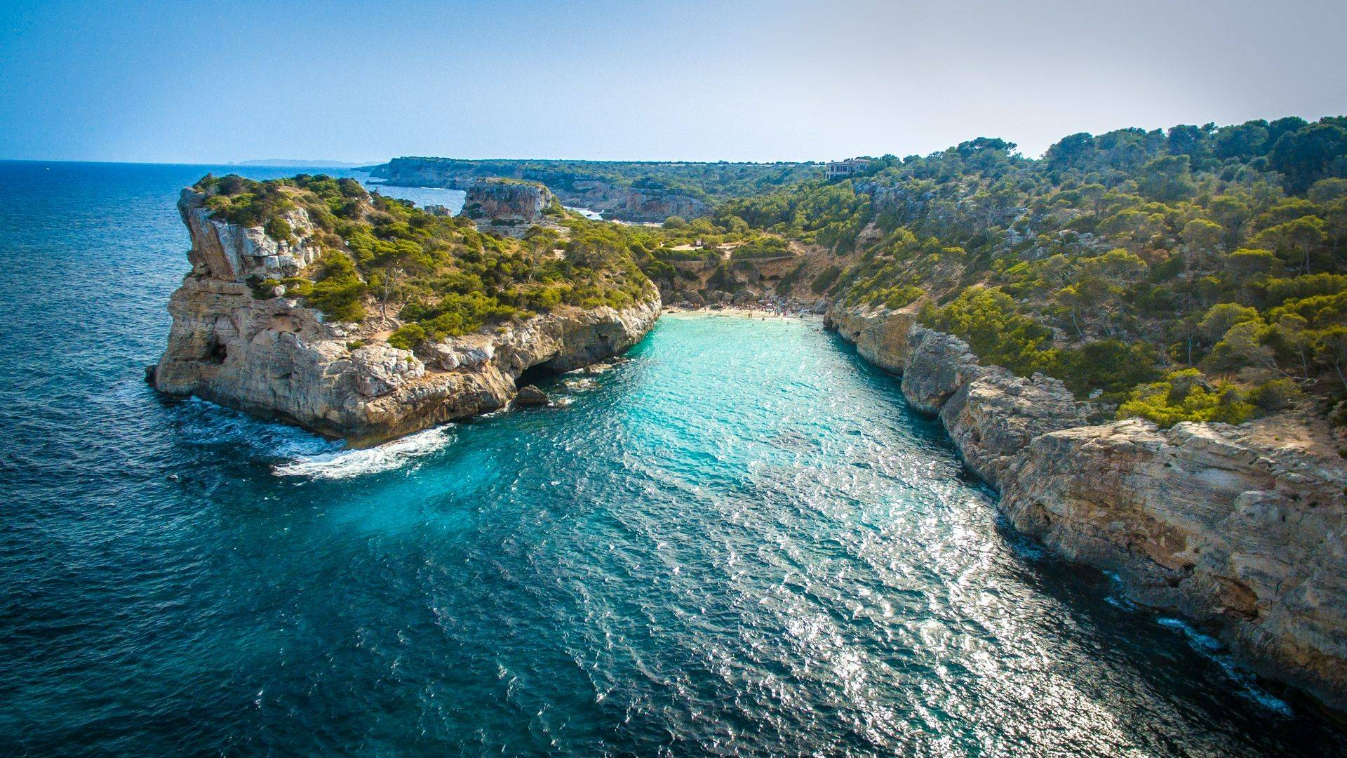 Mallorca Protests: The Spanish Island Telling Tourists to