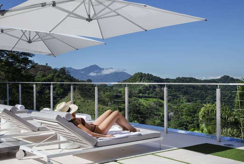the-retreat-costa-rica-spa-lounge-outside-1.jpg