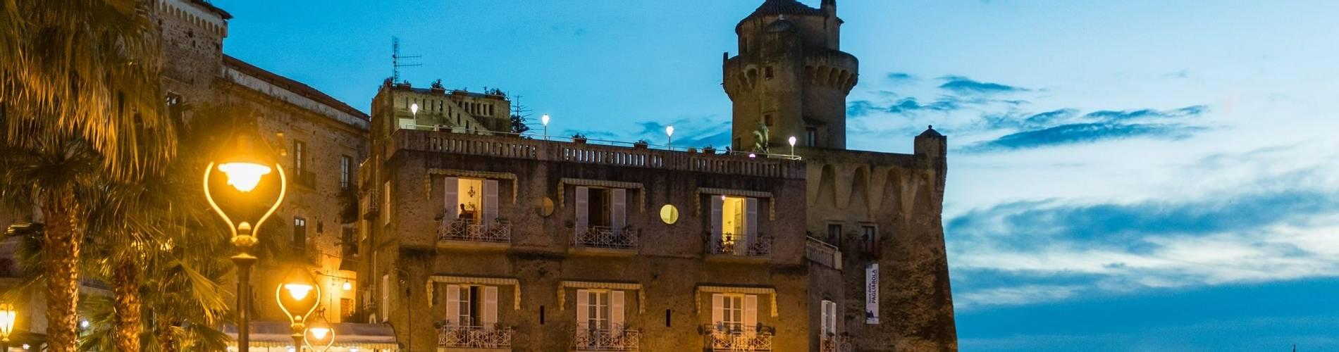 Palazzo Belmonte (6).jpg