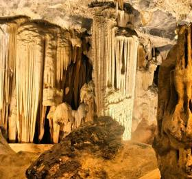 Cango Caves and Oudtshoorn