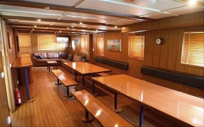 MV Maya'S Dugong Interior 2