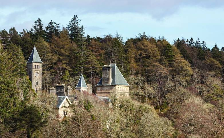 Scottish Highlands - Ardtornish Castle - AdobeStock_247184216.jpg