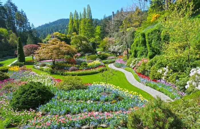 Butchart Gardens, Victoria, Vancouver Island shutterstock_1050501083.jpg