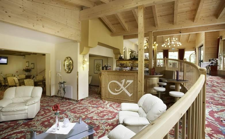 Austria - Weidach - Seefeld Plateau - Hotel Kristall - Lounge.JPG