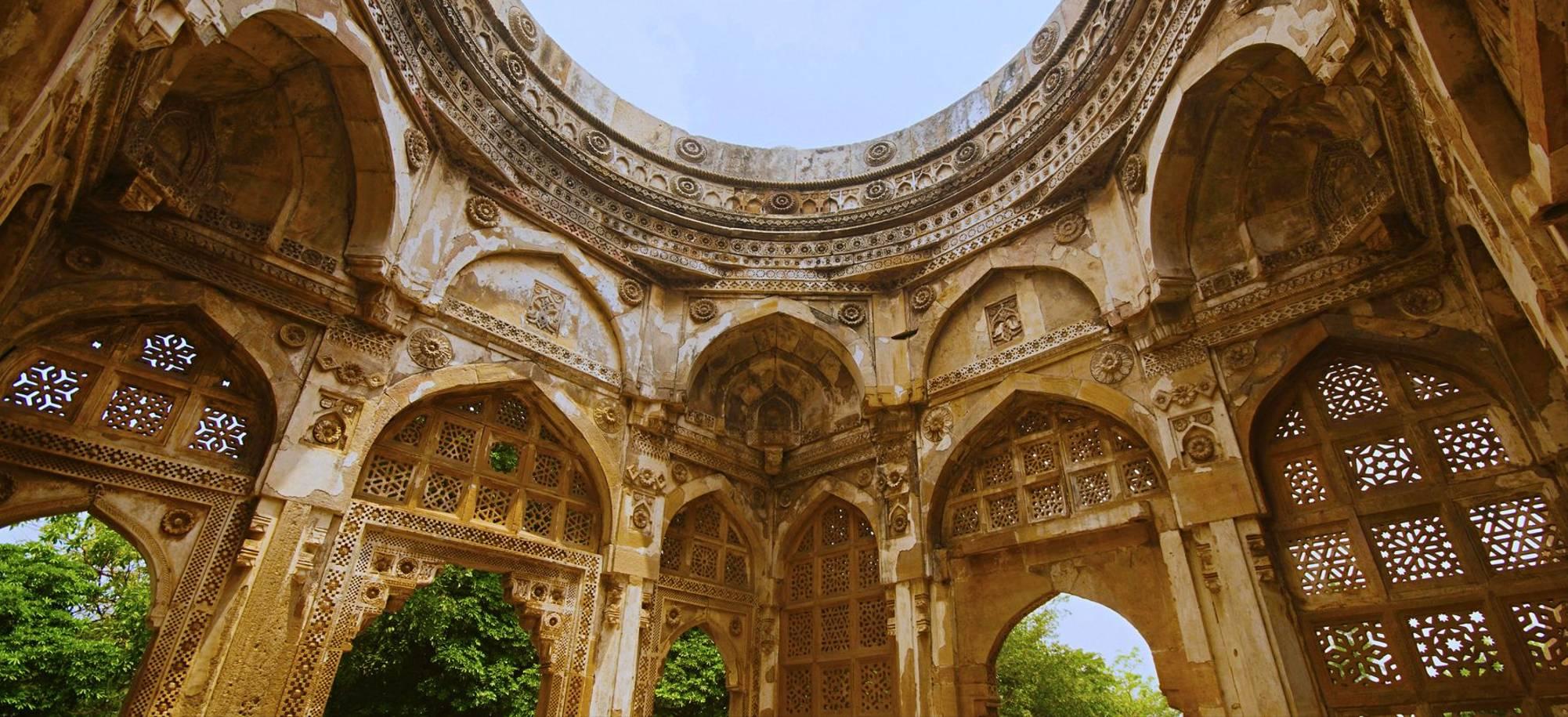 18 Day -Vadadara, Jami Masjid -Itinerary Desktop.jpg