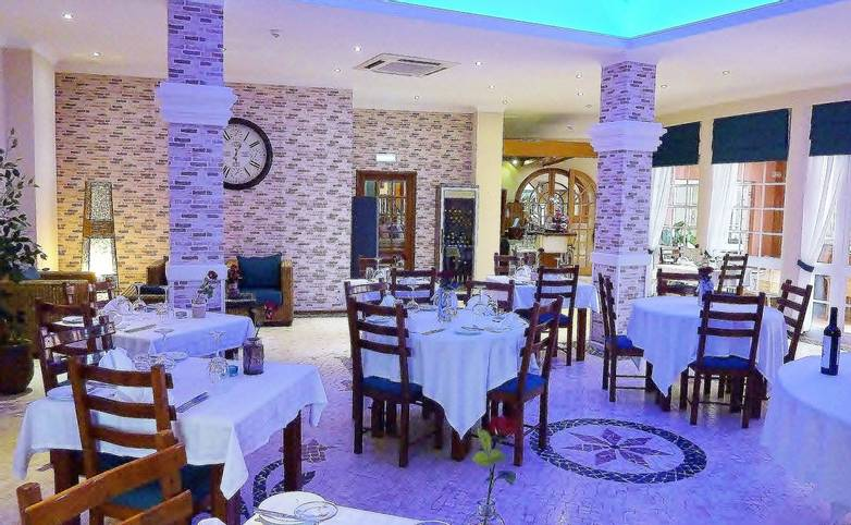 Hotel Belavista - restaurante-01_25338183103_o.jpg