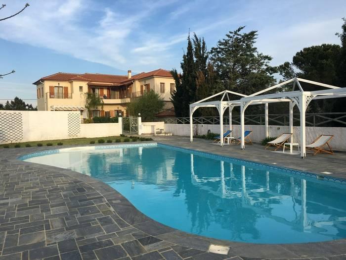 Lagou Raxi hotel swimming pool