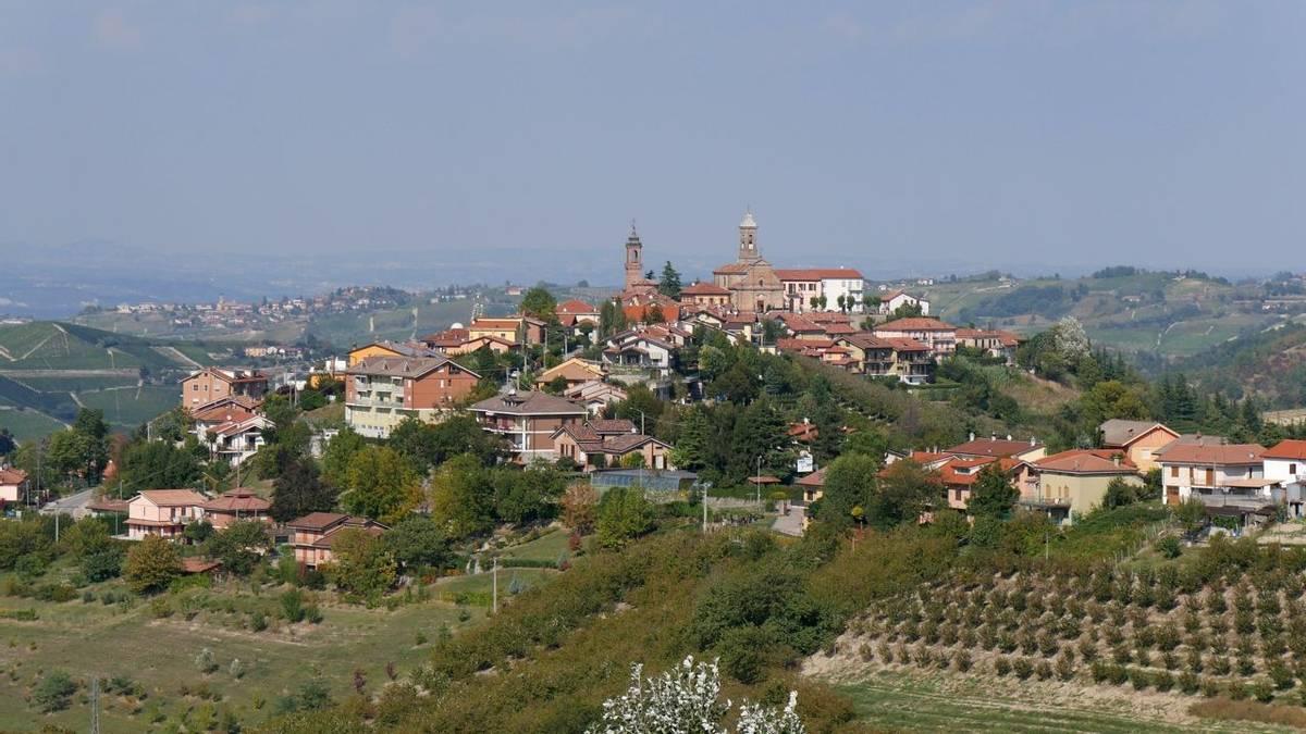 Italy - Montelupo - AdobeStock_180044420.jpeg