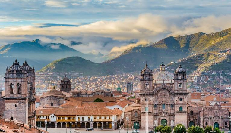 Shutterstock 325395509 Sunrise Over Cusco