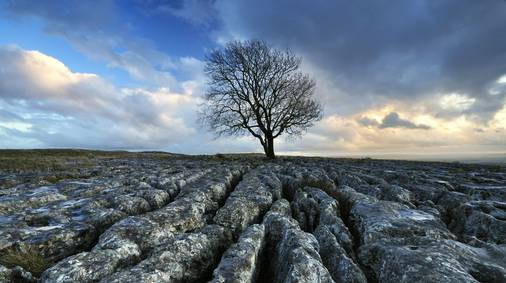 3-Night Southern Yorkshire Dales Festive Self-Guided Walking Holiday