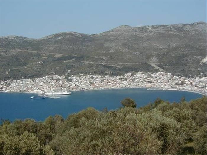 Samos town (Peter Dunn)